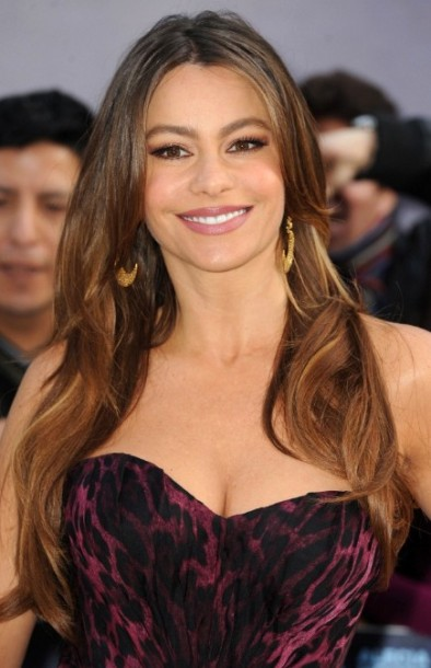 Sexy-Long-Wavy-Hairstyles-for-Women-Over-40